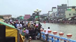 Huyen Phuoc Long Vietnam  city pictures gallery : tran chung ket giai dua ghe ngo tai HUYEN PHUOC LONG lan thu XII nam 2013