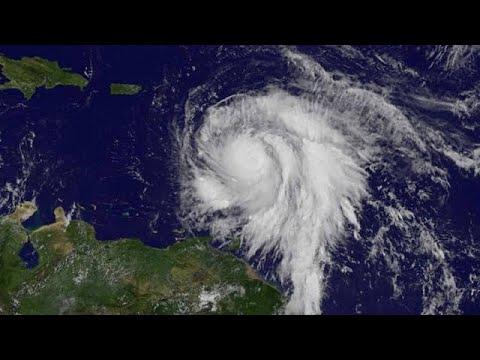 Στη Γουαδελούπη έφτασε ο κυκλώνας «Μαρία»