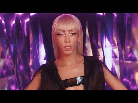 Bilal Hassani - Fais Le Vide (Official Music Video)