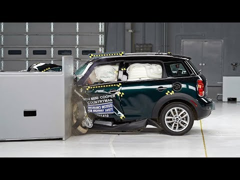 small - 2014 Mini Cooper Countryman 40 mph small overlap IIHS crash test Overall evaluation: Good Full rating at http://www.iihs.org/iihs/ratings/vehicle/v/mini/cooper-countryman/2014.