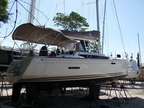 Jeanneau Sun Odyssey 379video