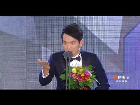 林依晨因為在典禮上說「我來自台灣」被中國網友狂轟滾回去,結果她得體的回應更突顯出超高的EQ啊!