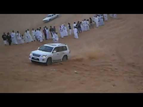 أنقلاب جيب لكزس 2012  ياحسافه عليه
