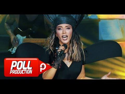 Hande Yener – Hani Bana