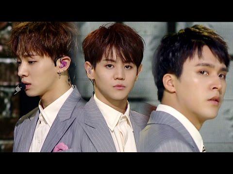 《MOURNFUL》 BEAST - Ribbon @인기가요 Inkigayo 20160717 (видео)