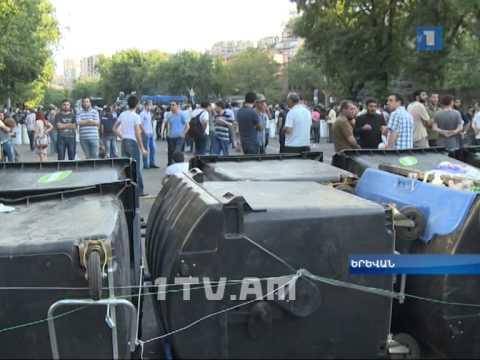 Բաղրամյան պողոտայում շարունակվում է էլեկտրաէներգիայի թանկացման դեմ բողոքի ցույցը - DomaVideo.Ru