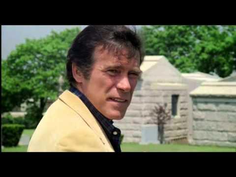 City of the Living Dead (1980) Coffin Scene