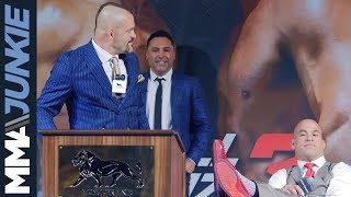 Video Chuck Liddell vs. Tito Ortiz fighter comments from press conference MP3, 3GP, MP4, WEBM, AVI, FLV Oktober 2018
