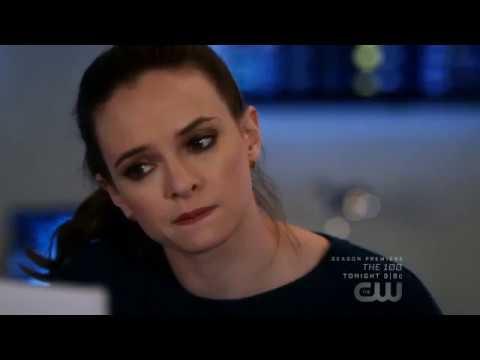 The Flash 4x19 - Snowbarry (Barry & Caitlin) Scenes/Reaction/Crack