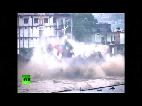 himalayan - SOURCE: http://www.rt.com News Articles: '1000 estimated dead' in Himalayan monsoon floods http://india.nydailynews.com/newsarticle/9e5e6da562b5e486d742535ab...