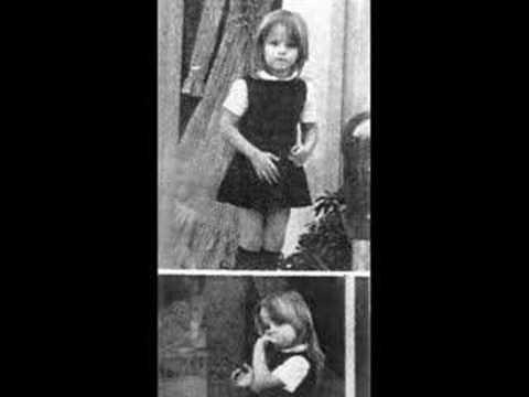 The Ex-wife,the daughter and grandchildren of Elvis Presley