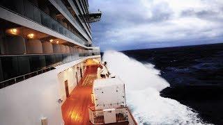 Video CRUISE SHIP CAUGHT IN A BOMB CYCLONE (Norwegian Breakaway) MP3, 3GP, MP4, WEBM, AVI, FLV Agustus 2019