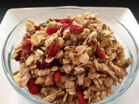 Homemade Granola Recipe – HASfit How to Make Granola – DIY Healthy Granola Recipe