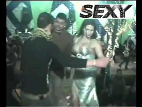 صدر - سكس sex رقص معلايه دقينى كويتيه سعوديه مصريه
