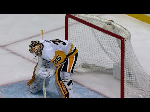 Video: Bruins and Penguins score eight goals on 21 shots in first period
