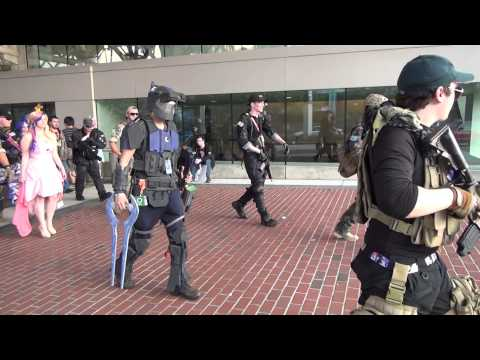 [RAW FOOTAGE] Bronycon 2015 - Military Bronies Roleplay Escort Mission with a MLP cosplayer