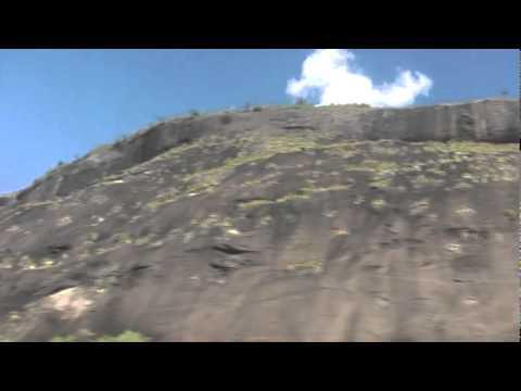 Itaipé (MG), município de - Maciço de pedra - Em busca dos caminhos do Brasil