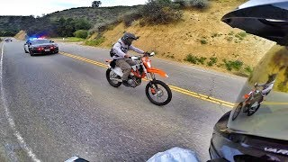 Video DIRT BIKE POLICE CHASE IN THE CAYNONS! MP3, 3GP, MP4, WEBM, AVI, FLV Maret 2019