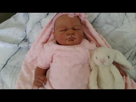 Video Christina'sReborns - Reborn Baby Ivy in her new pretty outfit! download in MP3, 3GP, MP4, WEBM, AVI, FLV January 2017