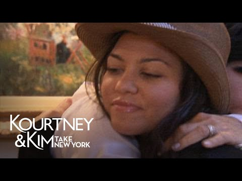 Kourtney and Khloe Take Miami 2.01 Clip