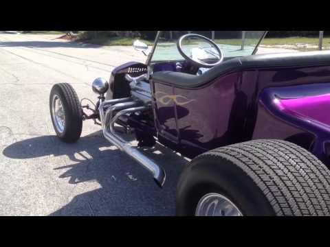 1923 Purple Ford T-bucket