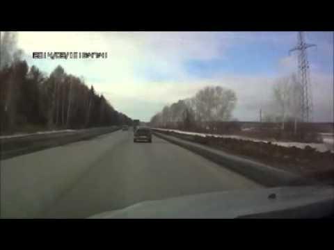 Водитель VW Tiguan спровоцировал ДТП