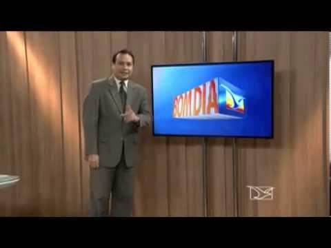 Cadeirante se levanta e vai embora em passagem ao vivo do repórter da Mirante