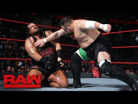Rhyno vs. Samoa Joe: Raw, Jan. 8, 2018