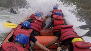 Video Rishikesh rafting, raft flip and rescue MP3, 3GP, MP4, WEBM, AVI, FLV Oktober 2017