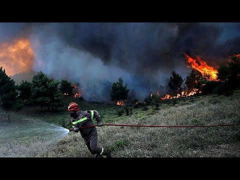 Πυρκαγιές: Δραματικές ώρες στη ΒΑ Αττική