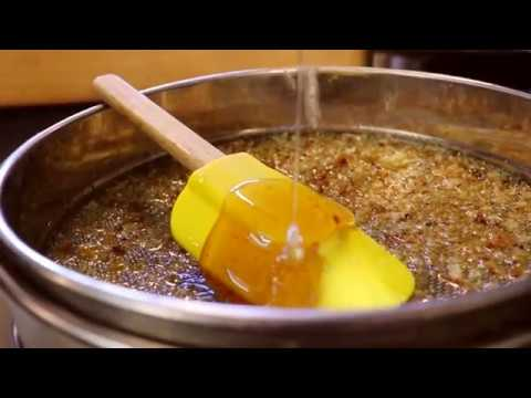 Extracting Honey - Part 2 - Using a Cappings press