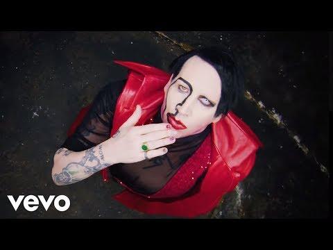 Ο Johnny Depp κάνει τρίο με καυτές καλλονές στο νέο βίντεο κλιπ του Marilyn Manson