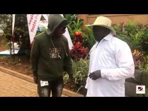 Kanye West gifts President of Uganda