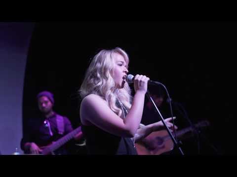 Christie Huff Live - \