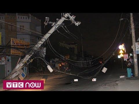 TPHCM: Dân hoảng loạn vì cột điện đổ bất ngờ | VTC1 - Thời lượng: 44 giây.