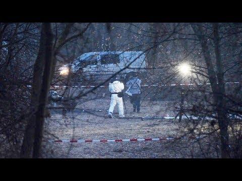 Berlin Marzahn: Leiche aus Tümpel geborgen