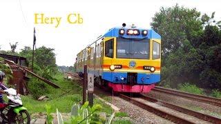 Klakson unik papasan KLB Merbabu with Kereta cirex ls PJL 122 citarik_moment luar biasa
