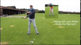 Video The biggest mistake in a golf swing MP3, 3GP, MP4, WEBM, AVI, FLV Mei 2018