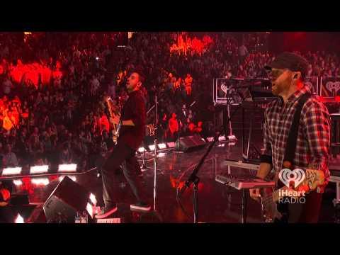 Linkin Park Live – Lost In The Echo iHeart Radio Music Festival 2012 [HD]