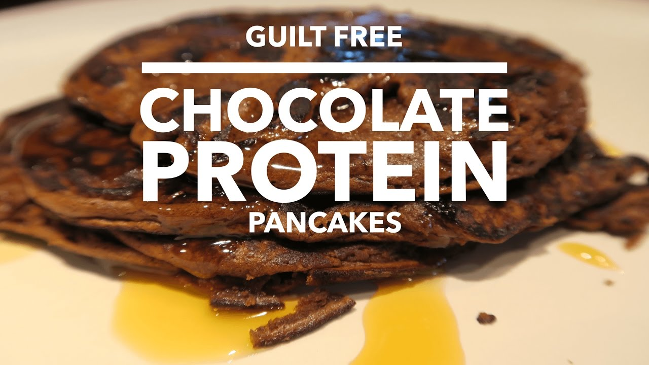 GUILT FREE CHOCOLATE PANCAKES IN LESS THAN 5 MINUTES! | DANIELLE PEAZER