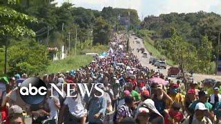 Download Video Trump: Migrant caravan traveling toward US 'national emergency' MP3 3GP MP4
