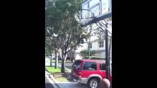 The last reverse dunk the light fucks it up
