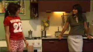 Nonton Chica Busca Chica 01 Film Subtitle Indonesia Streaming Movie Download