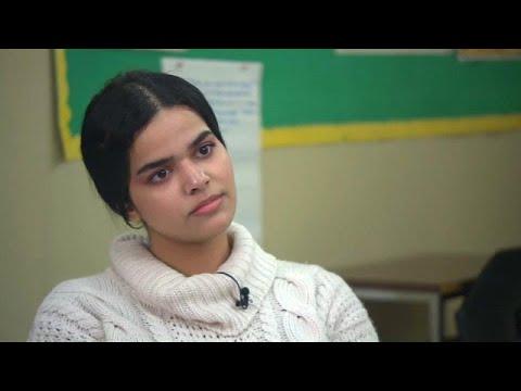 «Σπάει τη σιωπή της» η 18χρονη πρόσφυγας από τη Σαουδική Αραβία…