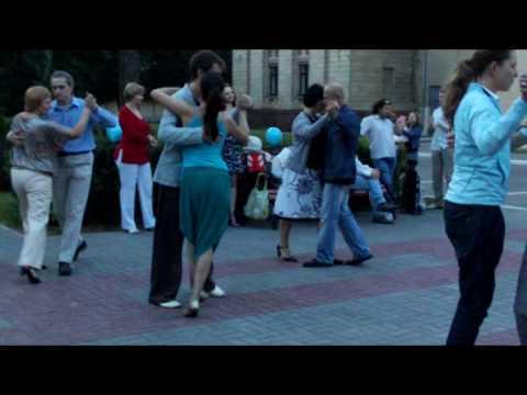 танцоры клуба танго Дон Милонгеро