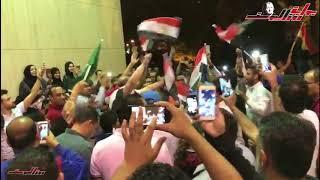 احتشاد المصريين أمام السفارة بالرياض مساء ثاني أيام التصويت