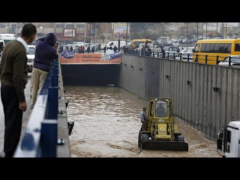 Ιορδανία: Εκτεταμένες πλημμύρες «βύθισαν» το Αμμάν