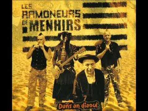Les Ramoneurs de menhirs- Dañs Gwadek 1