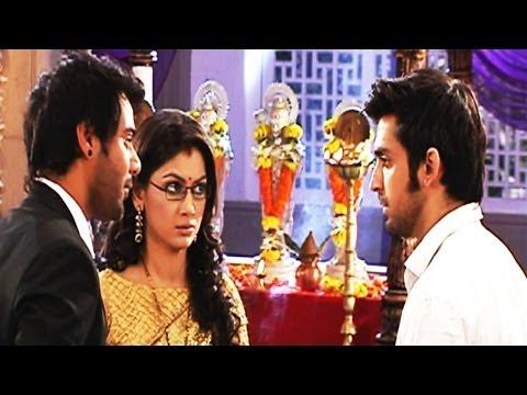 Video Purab Shocked To See Pragya And Abhi Married download in MP3, 3GP, MP4, WEBM, AVI, FLV January 2017