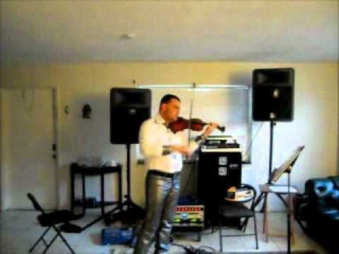 Ft. Lauderdale Violinist performs Flashing Lights by Kanye West